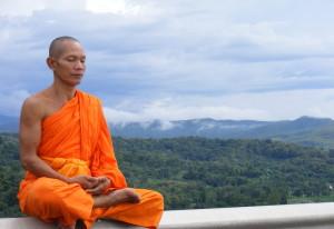 monje-meditando